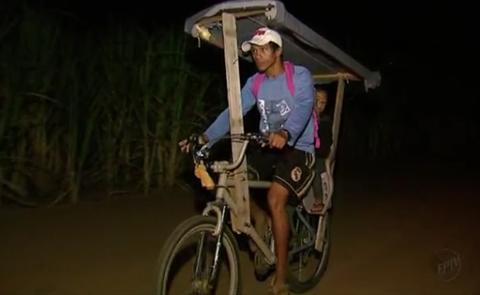 pai-constroi-bicicleta-adaptada-e-pedala-40-km-para-filha-estudar-2