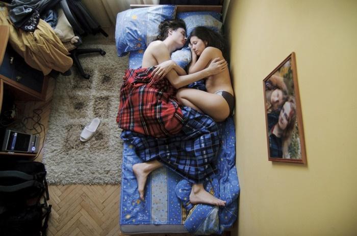 pais-dormindo-12
