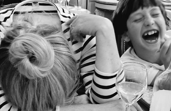 Desabafo de mãe sobrecarregada mostra o quanto exaustiva é a maternidade