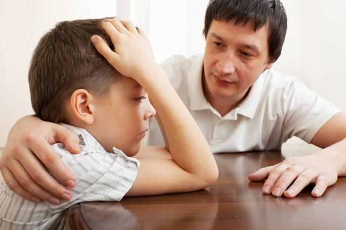 Perguntas para você usar no lugar de broncas para ensinar seu filho