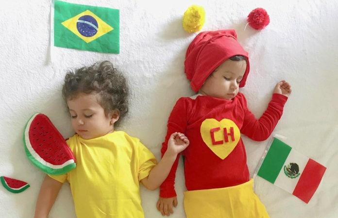 Brasileira veste gêmeas com roupas dos dois países que disputam partidas na Copa do Mundo