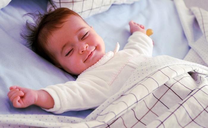 Conheça a técnica que promete fazer seu filho dormir a noite toda