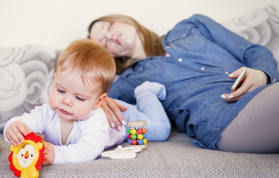O que ninguém fala sobre ser mãe em tempo integral! O desabafo que viralizou